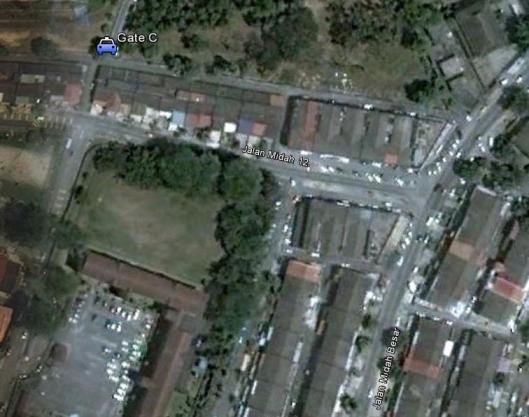 To get to Gate C, use Jln Midah 12